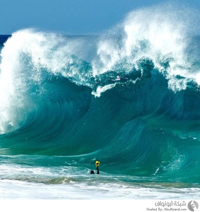 أمواج ضخمة 1