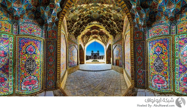 مسجد بكل شروق يتحول للوحة فنية