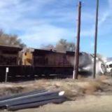 اصطدام قطار مع شاحنة