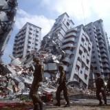 آثار زلزال