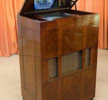 أقدم تلفاز في بريطانيا
