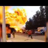 إنفجار صهريج لنقل الغاز ينشر اللهب لارتفاع 20 متر