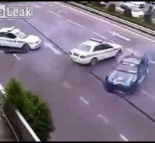 سائق يهرب من الشرطة