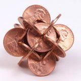 تشكيلات هندسية من العملات المعدنية
