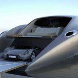 قارب وسيارة