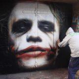رسم الشخصيات في الشوارع