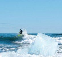ركوب الأمواج مع الماء المتجمد