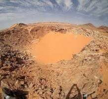 العثور على حفرة لنيزك في مصر