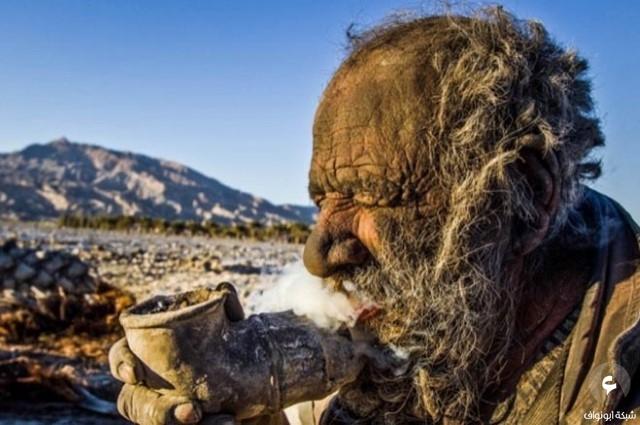 عجوز لم يستحم منذ 60 عاماً