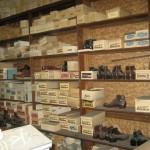 محل أحذية قديم