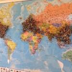 مطعم يطلب من زبائنه تحديد بلدهم على الخريطة