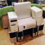 مقعد من الحواسيب القديمة