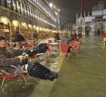 البندقية تغرق بعد موجة أمطار هائلة