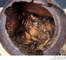 زوجان يعثران على كنز من القرن التاسع عشر في حديقتهم