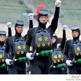 الزي العسكرية المضحك
