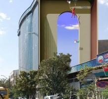جداريات ثلاثية الأبعاد نابضة بالحياة في شوارع طهران