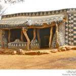 أعمال فنية رائعة على جدران منازل قرية أفريقية