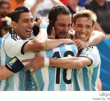 الأرجنتين تطيح بالشياطين الحمراء