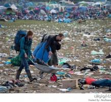 مهرجان موسيقي يخلف كميات هائلة من القمامة