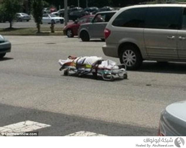 جثة في الطريق