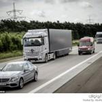الشاحنات ذاتية القيادة