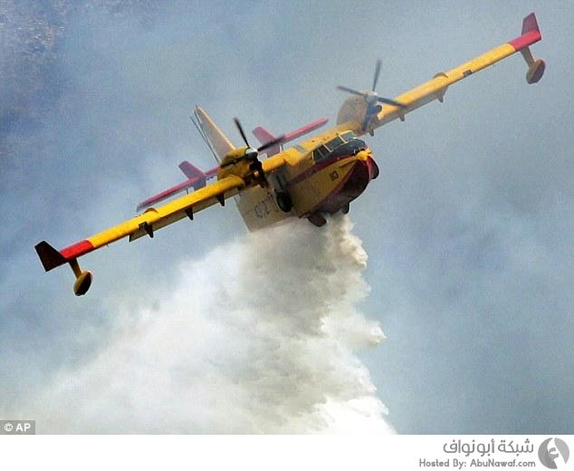 تحدي دلو الماء البارد من طائرة مكافحة الحرائق