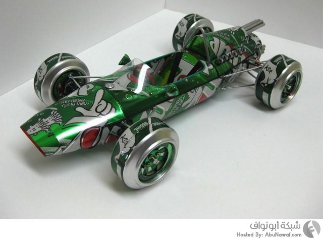 تصميم سيارات من علب المشروبات الغازية