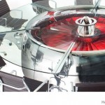 طاولة مصنوعة من محرك طائرة نفاثة