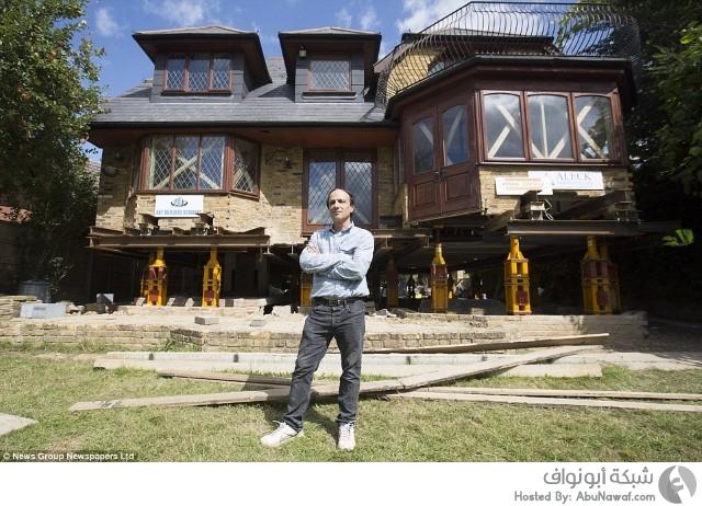 رجل بريطاني يبتكر طريقة لحماية منزله من الفيضانات