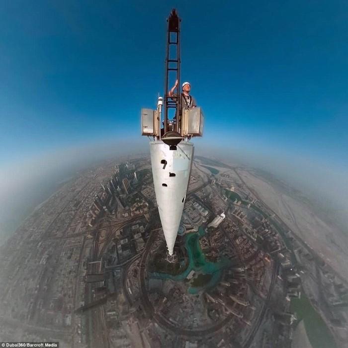 سيلفي برج خليفة دبي