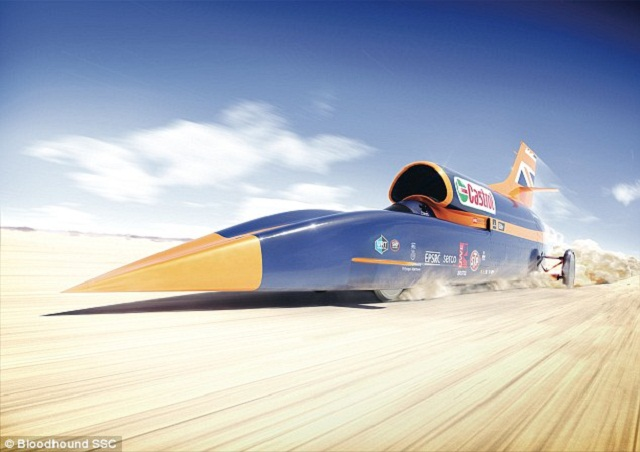 سيارة BLOODHOUND SSC