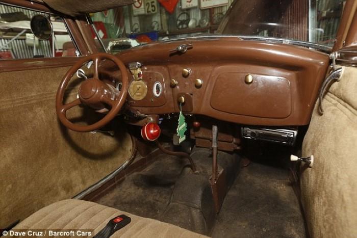 متحف السيارات القديمة الكلاسيكية المصغرة