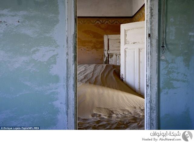 صراع البقاء بين الرمال والمنازل المهجورة في لقطات 2