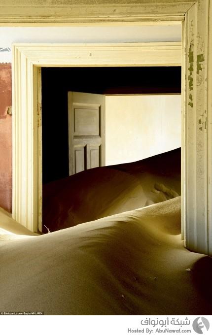 صراع البقاء بين الرمال والمنازل المهجورة في لقطات 6