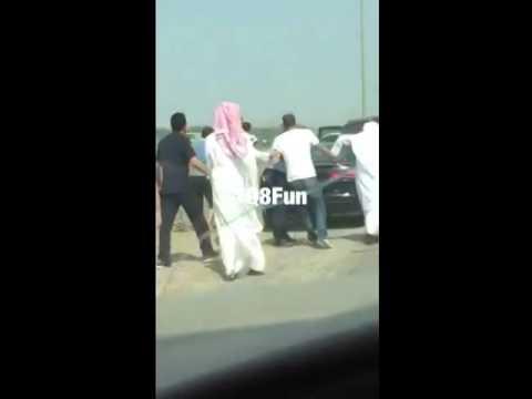 مهاوشة بين شباب بالكويت ثاني رمضان