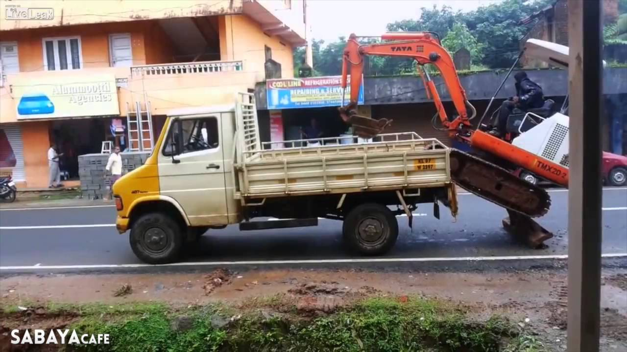 سائق شاحنة