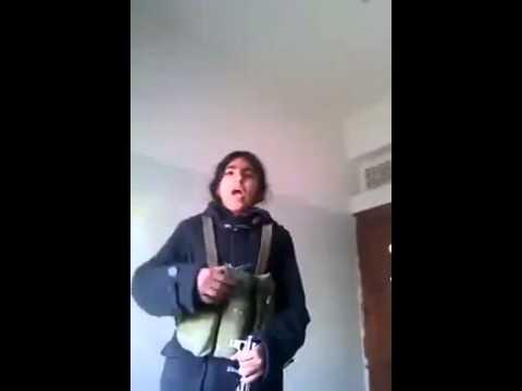 بنت يمانية تتحدى الرجال وتوجة تهديد الى الحوثي