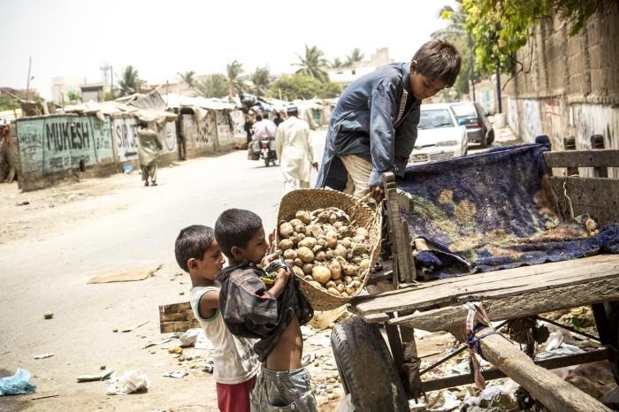 أطفال باكستان