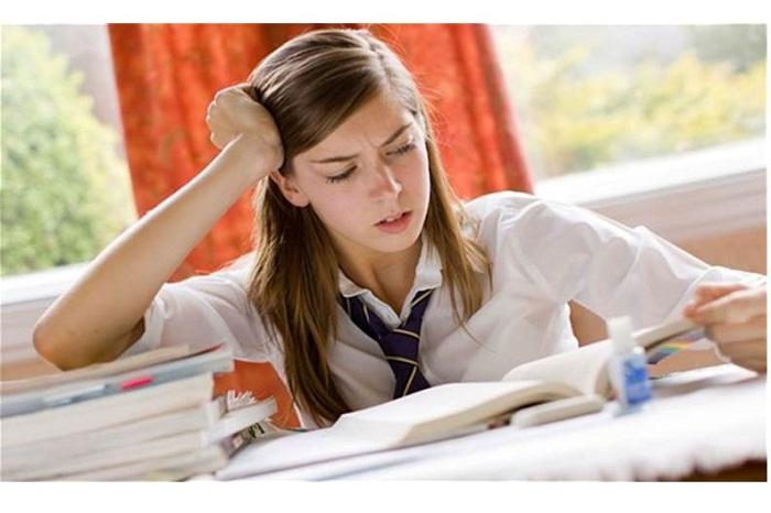 الطالب والامتحان