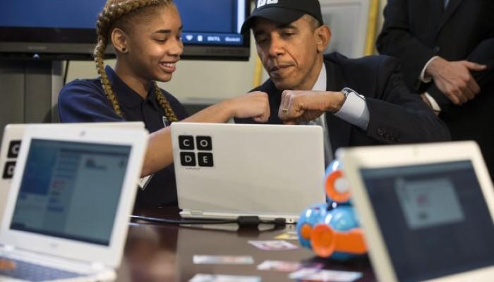 أوباما يصبح أول رئيس يكتب كود برمجي