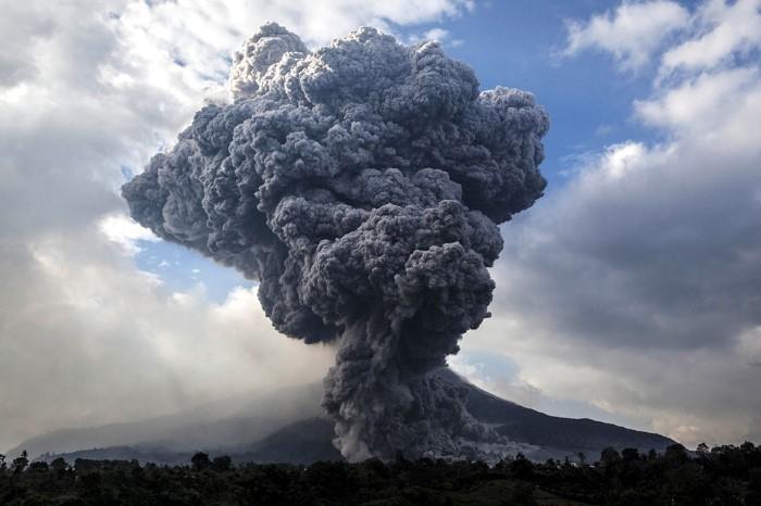 انفجارات البراكين في عام 2014