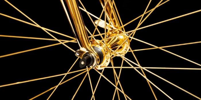 دراجة ذهبية