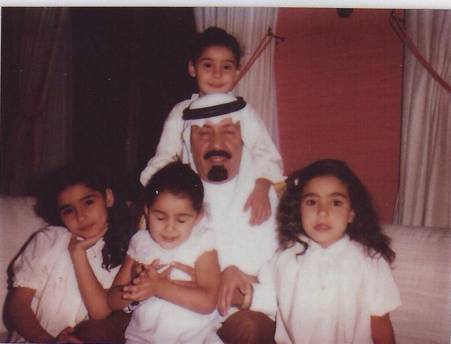 الملك عبدالعزيز في جدة عام 1936م وخلفه الملك فيصل والملك فهد والملك عبدالله