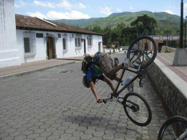 سقوط عن الدراجة2