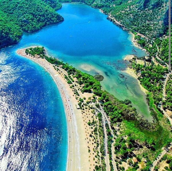 شاطئ تركيا