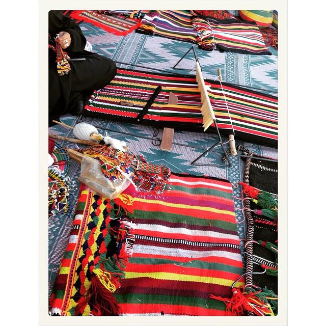 صور جميلة من التراث السعودي من سوق جادة عكاظ