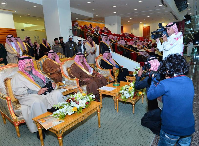 متعب الحضيف أصغر مصور سعودي