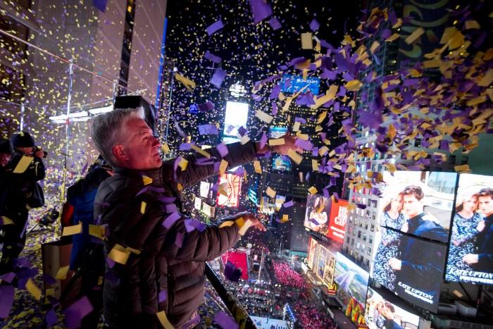 نيويورك احتفالات رأس السنة 2015 ألعاب نارية العام الجديد