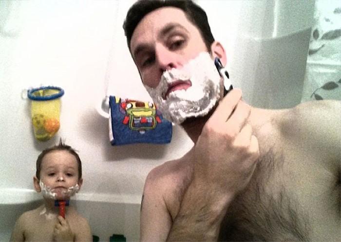 أطفال يشبهون آبائهم