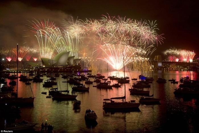 سيدني احتفالات رأس السنة 2015 ألعاب نارية
